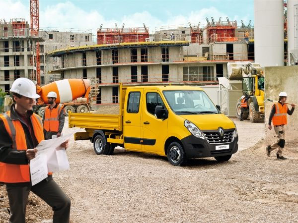 pojazdy budowlane renault